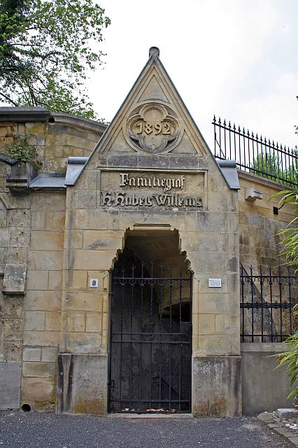 Kerkgebouwen in limburg - Dr picture essing onder helling ...