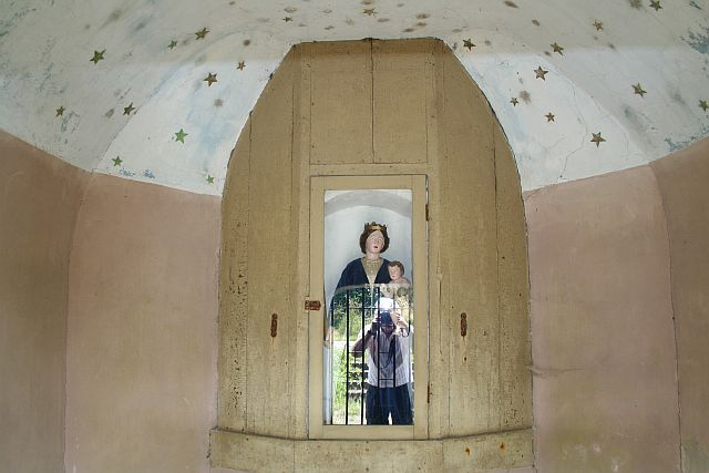 http://www.kerkgebouwen-in-limburg.nl/files/2235/int0.jpg